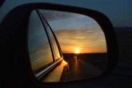 Luce e specchi: uno sguardo al passato. Letteralmente