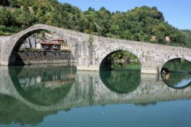 Lucca: il ponte del diavolo