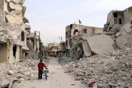 La guerra in Siria: la città di Aleppo stretta in una morsa