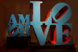 LOVE – L'arte contemporanea incontra l'amore