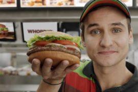 I 15 secondi di gloria di Burger King accendono gli smartphone (e gli animi)