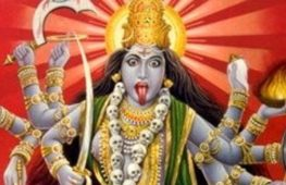"""Kali, la """"Nera"""": divinità hindu tra fecondità e distruzione"""