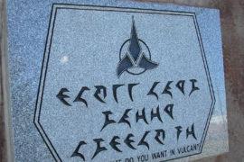 La Bibbia in Klingon: quando religione e fantascienza si incrociano