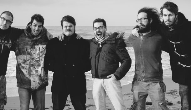 """Intervista ai Pinguini Tattici Nucleari: """"Il nostro nome nasce da…"""". E su Sanremo…"""