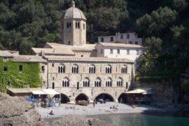 L'Italia fantastica: l'Abbazia di San Fruttuoso e il Cristo degli Abissi
