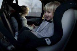 Bambini dimenticati in auto, cosa sta succedendo?