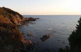 Castiglioncello: Terra di cultura, di scogliere e di silenzio.