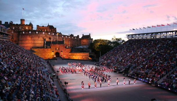 Il royal military tattoo un festival di edimburgo lo for Royal military tattoo