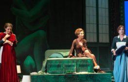 """""""Le serve"""" di Genet al Piccolo Teatro di Milano"""
