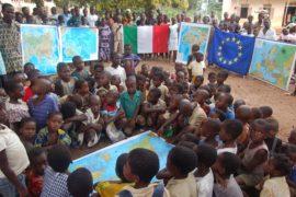 Dossier | La scuola nel mondo tra povertà e sistemi educativi
