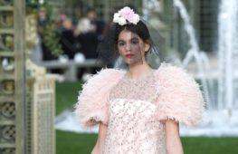 Chanel Haute Couture: boccioli di un sogno parigino