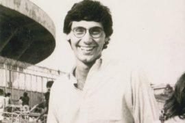 Giancarlo Siani, un giornalista ucciso dalla camorra.