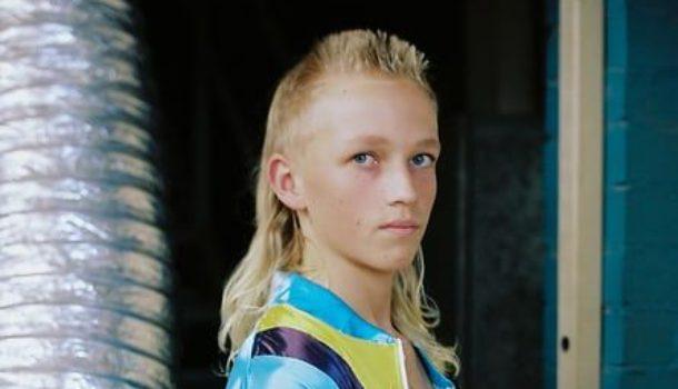 Kurri Kurri, la casa del mullet haircut: i cosiddetti capelli a triglia
