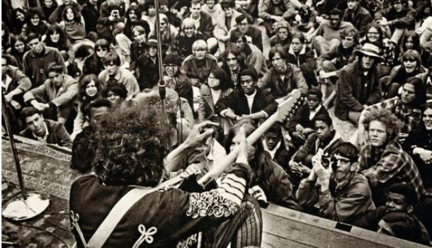 Musica & politica: 10 brani consigliati dallo Sbuffo
