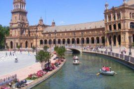Plaza de España: compendio di arte e storia per la città di Siviglia