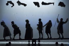 """Bocciato """"Il teatro comico"""" del Piccolo Teatro di Milano"""