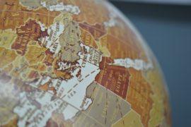 La Siria subisce la spedizione punitiva dell'Occidente