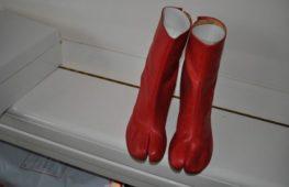 I Tabi boots: la storia della scarpa iconica di Maison Martin Margiela
