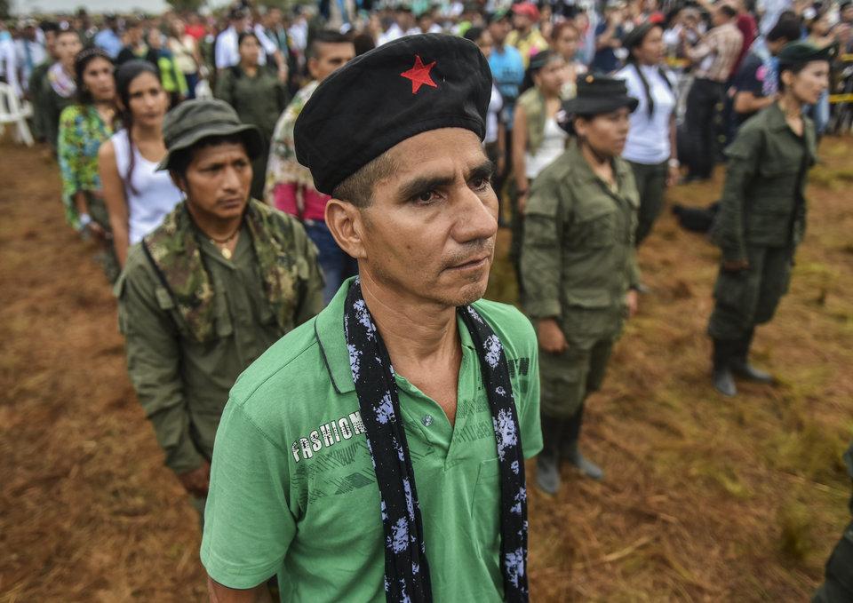Come finisce una guerriglia: l'ETA, le FARC e la Mafia