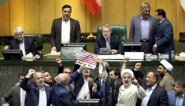 Trump e il nucleare iraniano tra Twitter, i media e le elezioni