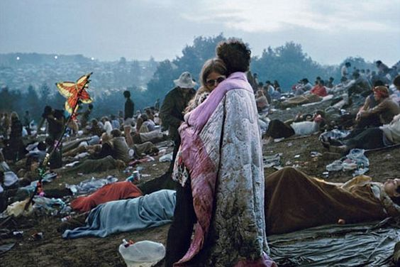 Da Woodstock a Coachella: gli outfit dei festival