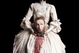 Erodiàs di Testori al Teatro I: sesso, santità e morte convivono nel monologo di Federica Fracassi