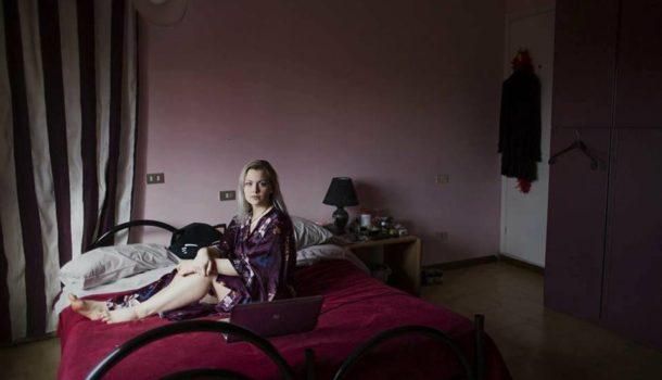 Intervista a Erika Pezzoli, fotografa di giovani donne