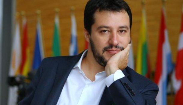 """Aquarius: l'ideologia """"implicita"""" dietro la manovra di Salvini"""