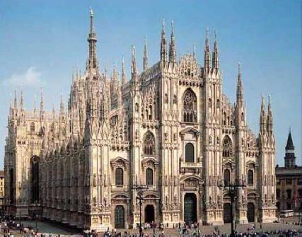 Il Duomo di Milano simbolo della città tra ieri e oggi