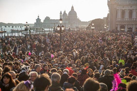 """""""Tourism kills the city"""" e la risposta del turismo sostenibile"""