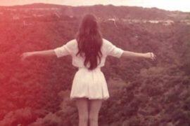 Durante una sera d'estate con in sottofondo Lana Del Rey