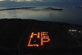 'Help the ocean' di Maria Cristina Finucci: un grido d'aiuto nel foro romano