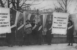 Donne alle urne: il diritto non scontato al suffragio femminile