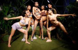 La sfilata di Savage X Fenty di Rihanna è celebrazione della Donna