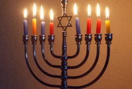Una festa ebraica tra luci e ombre: la Channukah